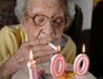 100 годишна пуши